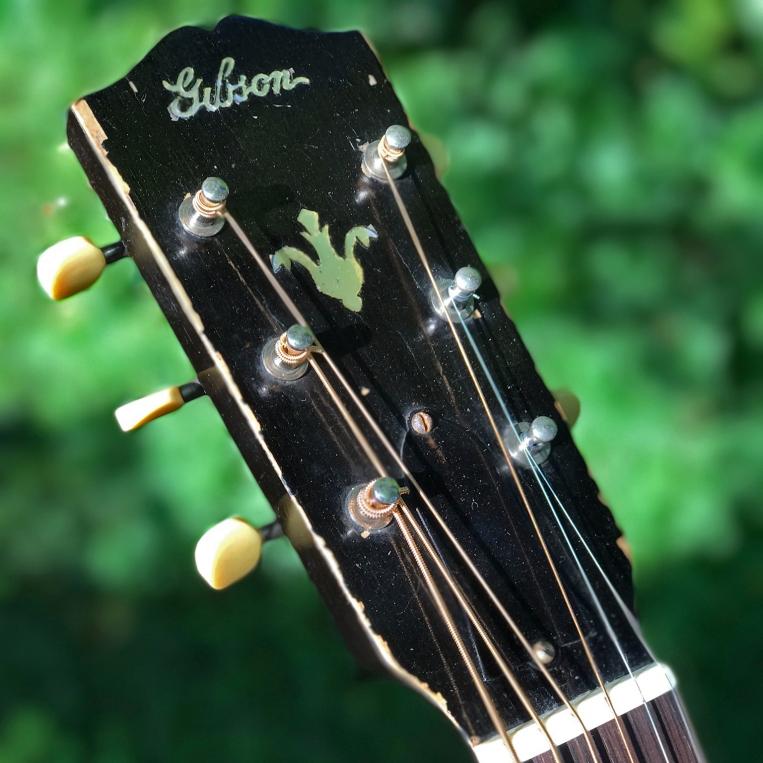 Gibson Headstock